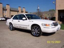 Fabulous-Fred 2002 Mercury Grand Marquis