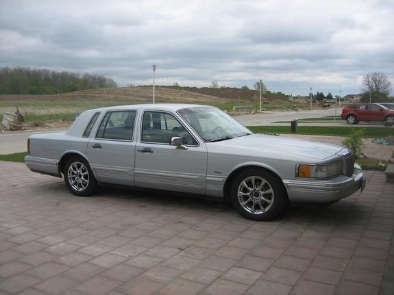 wroclaw87 1993 lincoln town car specs photos. Black Bedroom Furniture Sets. Home Design Ideas