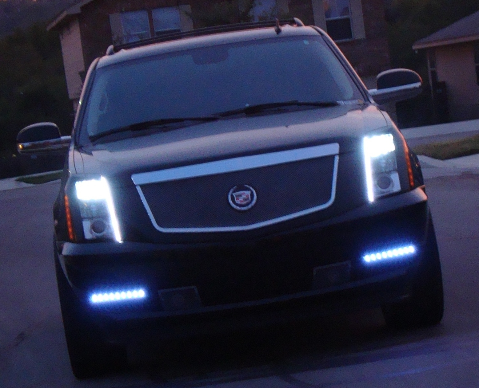 Escalade Ext Tail Lights Autos Post