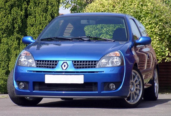 sstamo 2004 renault clio specs photos modification info at cardomain. Black Bedroom Furniture Sets. Home Design Ideas