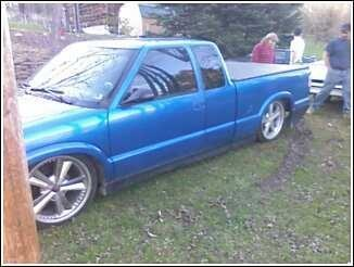 2lownoma 1994 GMC Sonoma Club Cab Specs, Photos, Modification Info