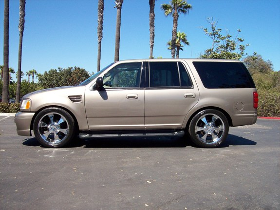 Hallucinator 2002 Ford Expedition Specs Photos Modification Info