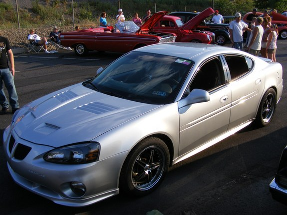 Tyroelite 2005 Pontiac Grand Prix Specs Photos Modification Info At Cardomain