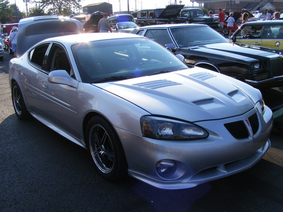 tyroelite 2005 pontiac grand prix specs photos modification info at cardomain. Black Bedroom Furniture Sets. Home Design Ideas