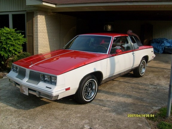 Another trohs15 1986 Oldsmobile Cutlass Supreme post... - 10157430
