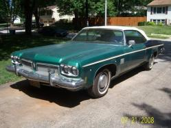 road-sofa_dude 1973 Oldsmobile Delta 88