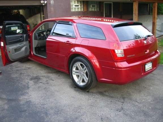 Another chance6384 2005 Dodge Magnum post... - 9993088