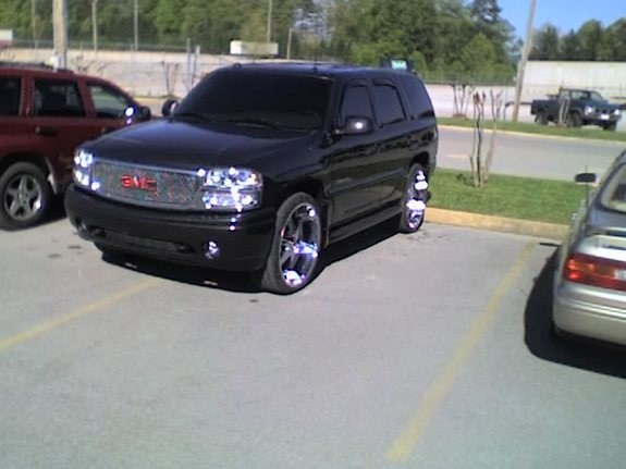 nalion6s 2004 gmc yukon denali specs photos modification. Black Bedroom Furniture Sets. Home Design Ideas