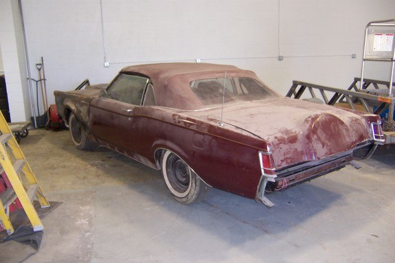 barry2952 1969 Lincoln Mark III 9937481