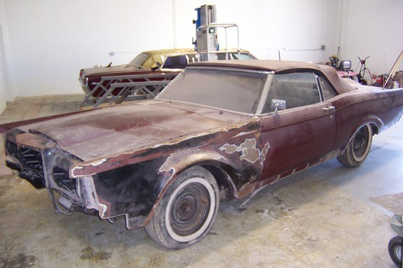 barry2952 1969 Lincoln Mark III 9937482
