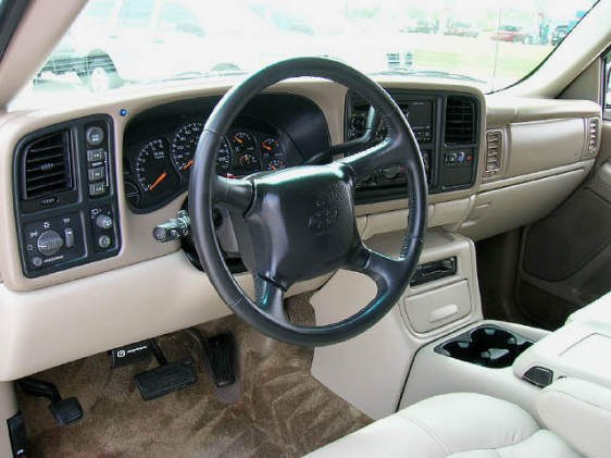 E Towngs 2002 Chevrolet Tahoe Specs Photos Modification Info At Cardomain