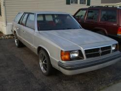 yunzaX 1985 Dodge Aries