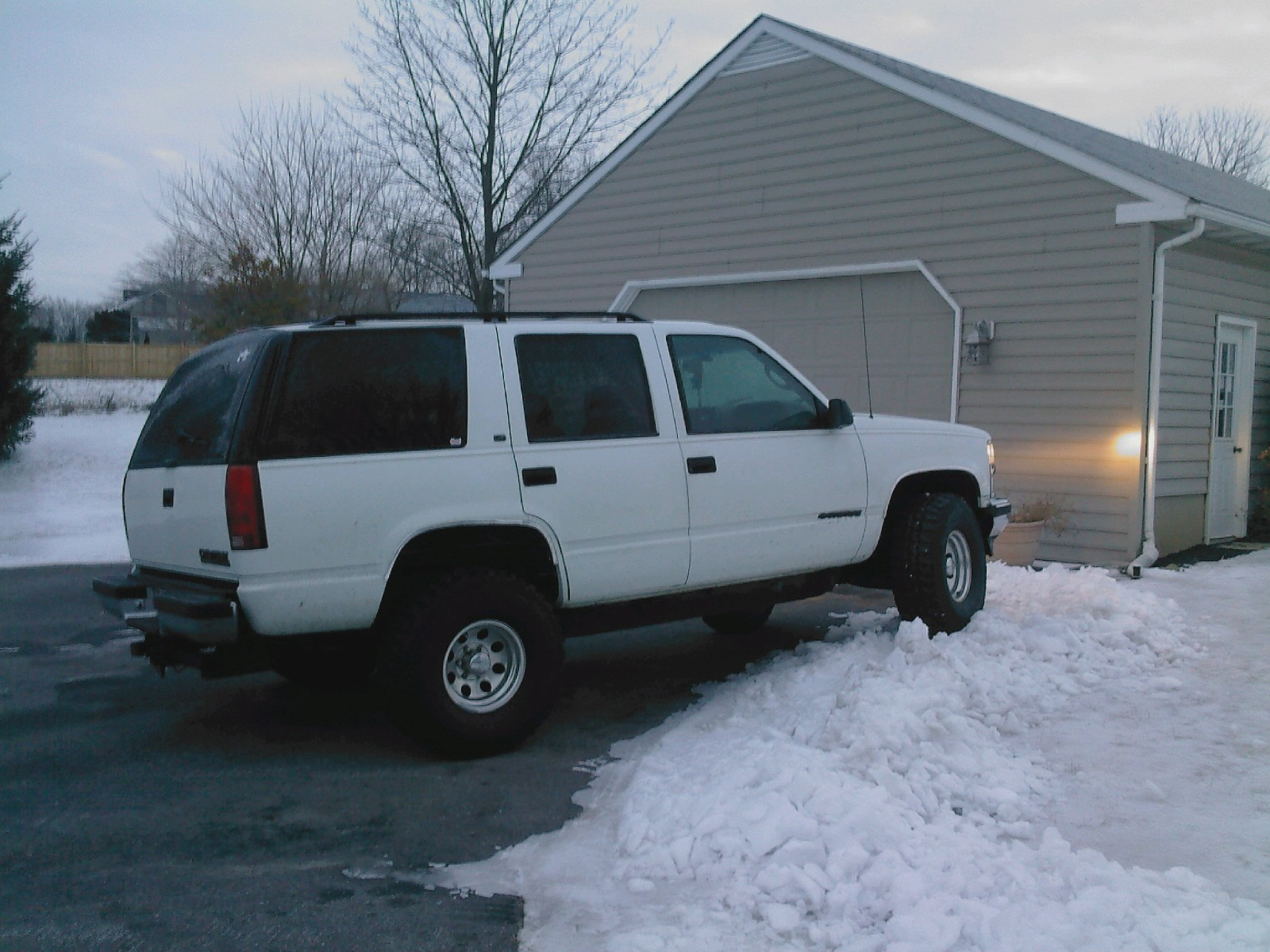 Another Philholmesduh 1998 Chevrolet Tahoe post... - 10054384