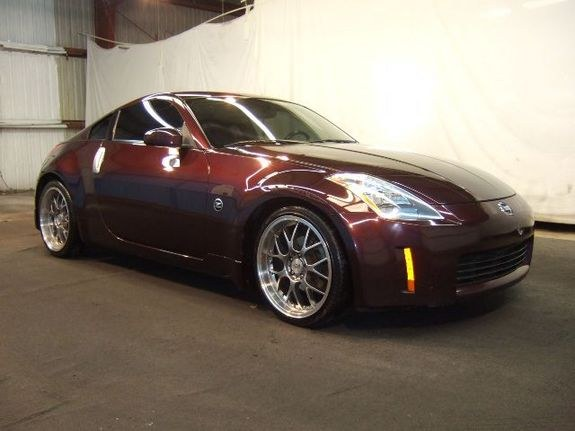 tifflover12 2003 Nissan 350Z
