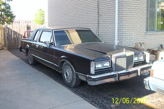 bigpimpinlinc 1981 lincoln town car specs photos modification info at cardomain. Black Bedroom Furniture Sets. Home Design Ideas
