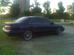 y_lees 1999 Toyota Camry