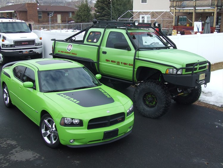 Dodge T-Rex finds his long lost twin Brother - DodgeForum.com