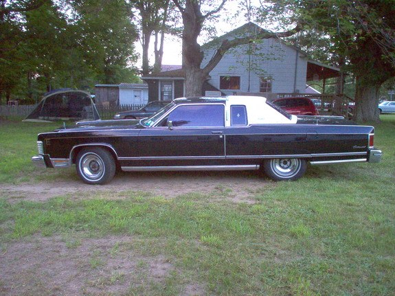 Another 1977marquis 1976 Lincoln Continental post... - 9982984