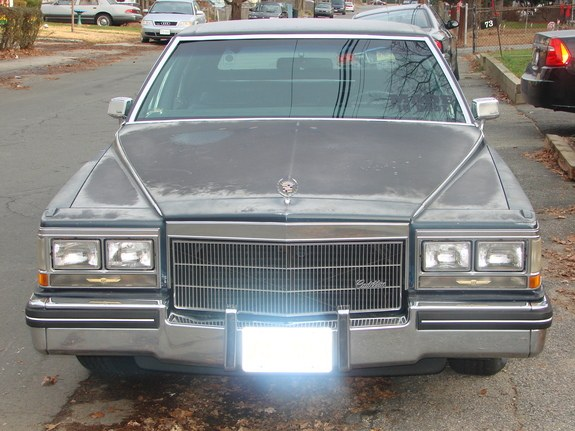 Donk_King 1985 Cadillac Fleetwood
