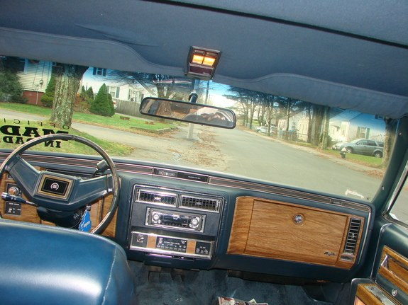Donk_King 1985 Cadillac Fleetwood 9165952
