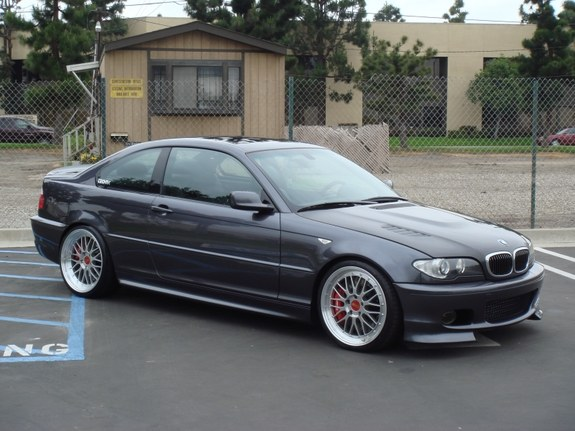clean-m-tech330's 2005 BMW 3 Series