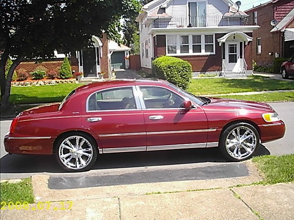 Another Rell1125 1999 Lincoln Town Car Post 4349866 By Rell1125
