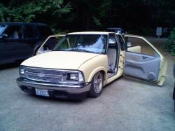sampinoboy84s 1995 Chevrolet S10 Regular Cab