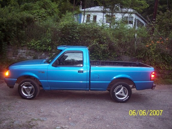 player_862 1994 Ford Ranger Regular Cab