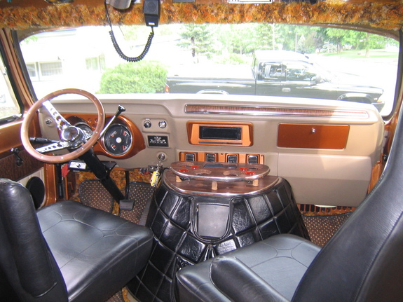 dodge custom vans and custom van interior on pinterest. Black Bedroom Furniture Sets. Home Design Ideas