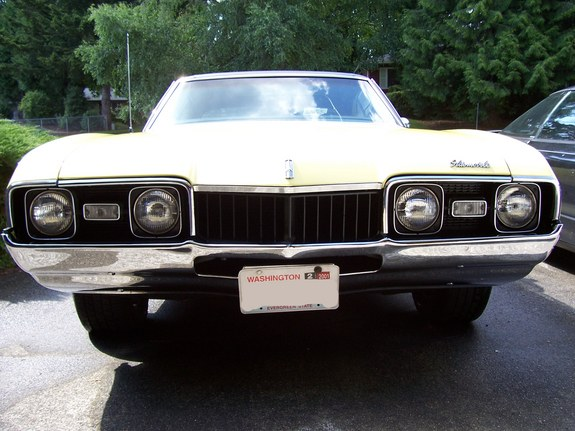 A-Tom247's 1968 Oldsmobile Cutlass Supreme