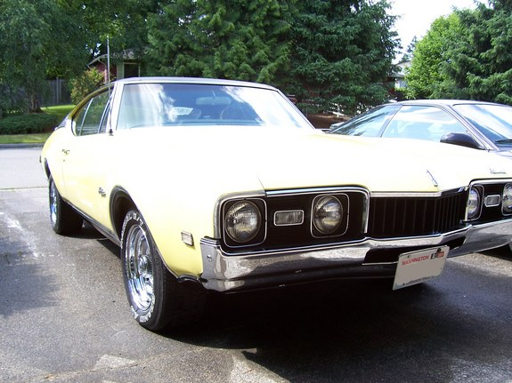 A-Tom247 1968 Oldsmobile Cutlass Supreme 10096349