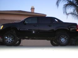 BLKavees 2007 Chevrolet Avalanche