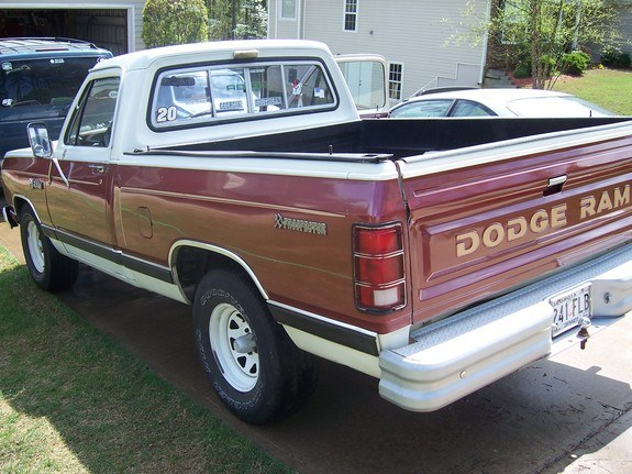 Another R-car 1984 Dodge D150 Club Cab post... - 10024137