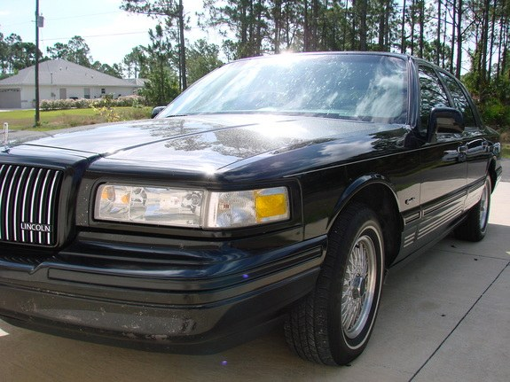 Lstrejcek 1997 Lincoln Town Car Specs Photos Modification Info At