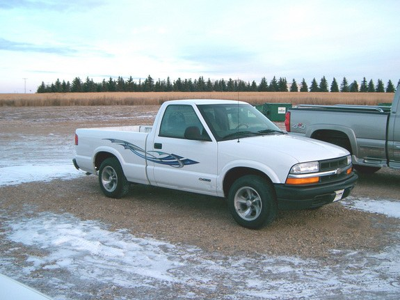 codepimpin 39 s 1998 chevrolet s10 regular cab in warman sk. Black Bedroom Furniture Sets. Home Design Ideas