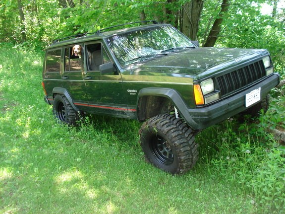 Large on 1995 Jeep Cherokee Lifted