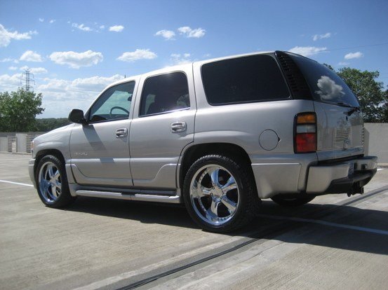 gellys01rt 2004 gmc yukon denali specs photos. Black Bedroom Furniture Sets. Home Design Ideas