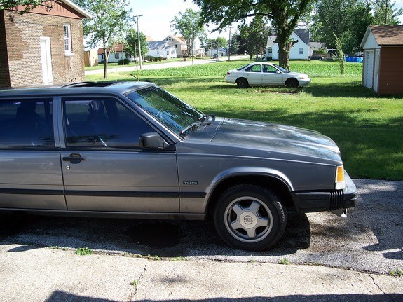 Another c0mt3k 1987 Volvo 700-Series post... - 10051978