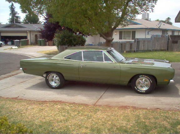 NASBackyard 1969 Plymouth Roadrunner 10079992
