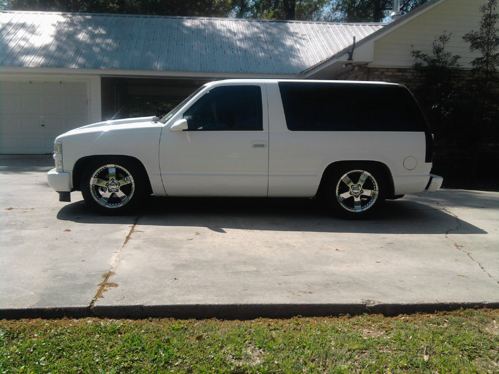 Low97tahoe S 1997 Chevrolet Tahoe In Pride La
