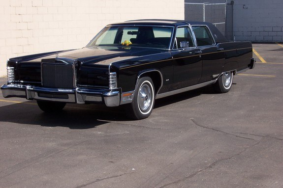 barry2952 1977 lincoln town car specs photos modification info at cardomain. Black Bedroom Furniture Sets. Home Design Ideas