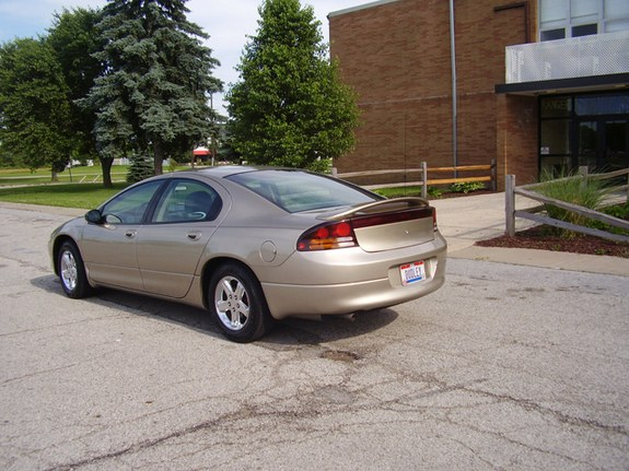 Dudley04 2004 Dodge Intrepid 10108628