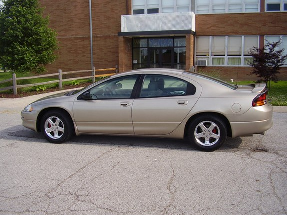 Dudley04 2004 Dodge Intrepid 10108629