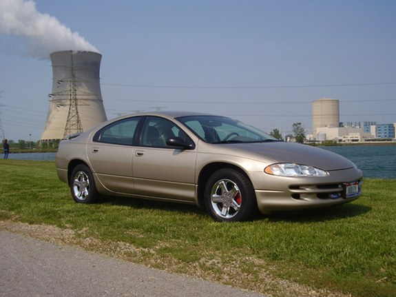 Dudley04 2004 Dodge Intrepid 10108635