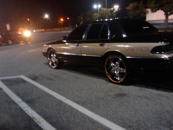 Another PEE316 1994 Mercury Grand Marquis post... - 10338615