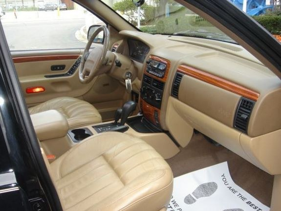 Another Piercedfister 1999 Jeep Grand Cherokee Post Photo 9177279