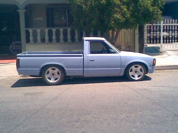 0372095196676 1991 Nissan 720 Pick-Up