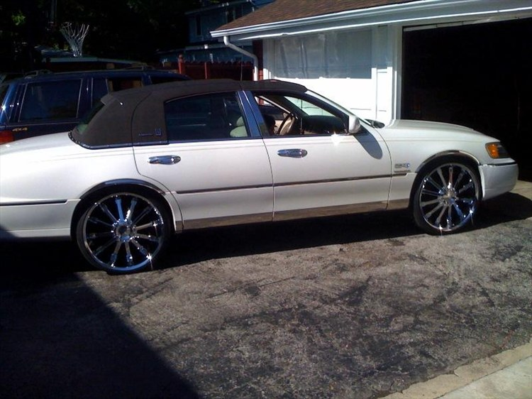 Doingbigthings 2000 Lincoln Town Car Specs Photos Modification