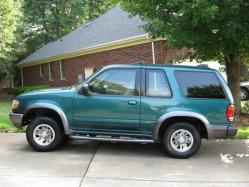 footballa1s 1998 Ford Explorer Sport