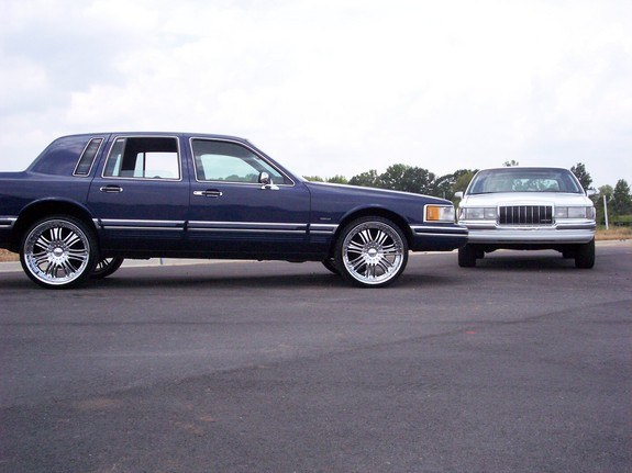 Another Decaturdonks 1994 Lincoln Town Car Post 3690395 By